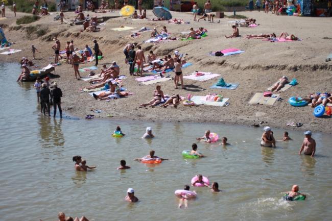 пляж соленых озер