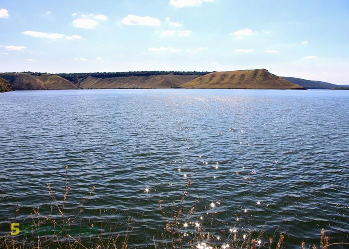 Украина : Удивительная Бакота: скальный монастырь и Днестровское водохранилище