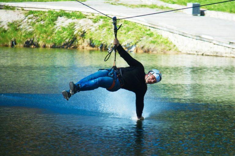 Интересно знать : Активный отдых на природе в веревочных парках
