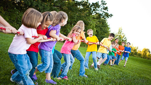 Раскольникова Соне лагерные игры с детьми для