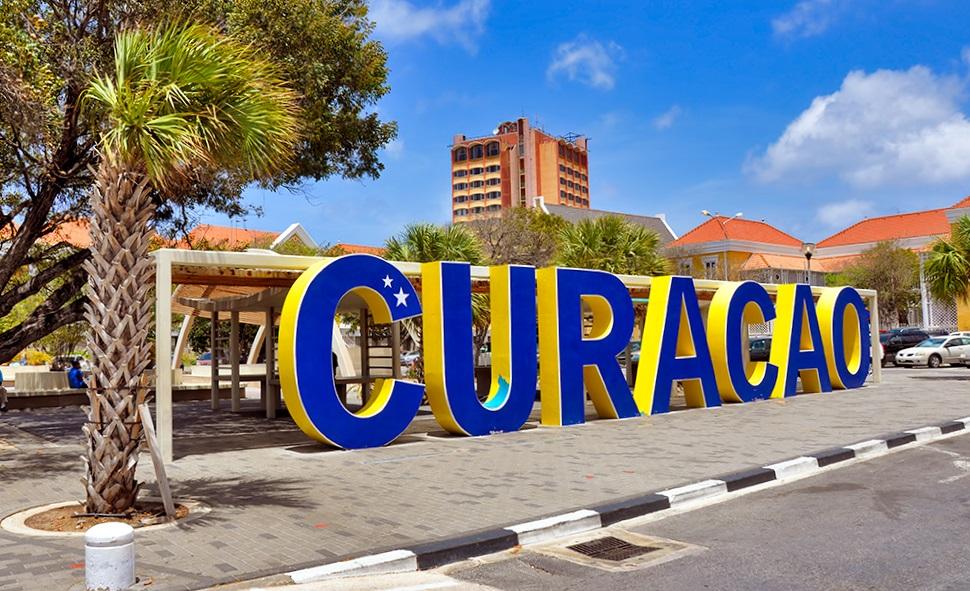 Южная Америка : Кюрасао. И речь не о ликере