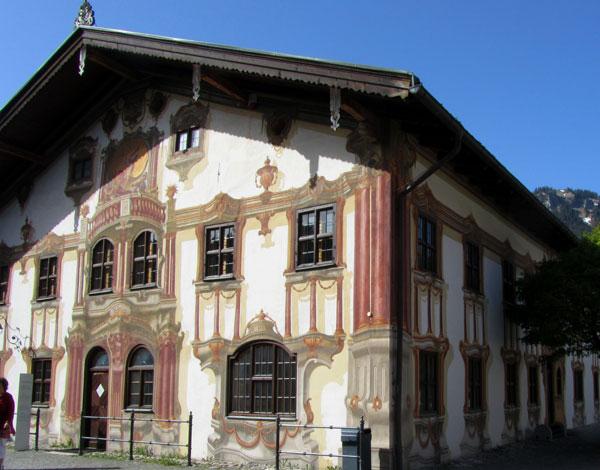Европа : Обераммергау - сказочная деревня в Германии