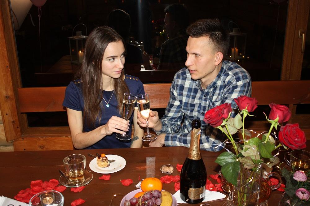Интересно знать : Романтика не только в самолетах: устроить вечер можно даже в бане!